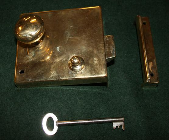 1562_cloakroomlock