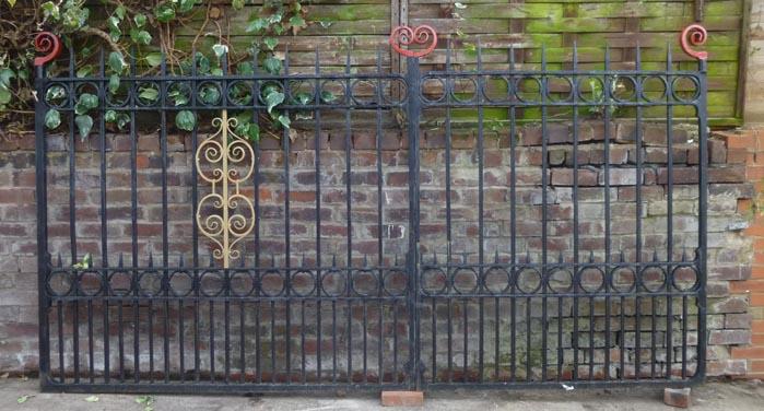 Pr drive gates