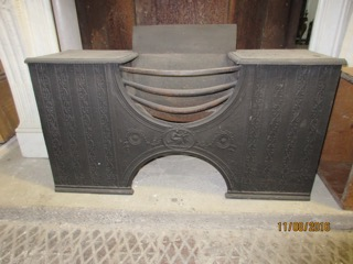 Classic Georgian Cast Iron Hour Glass Hob Grate