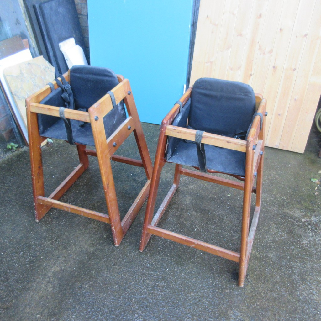 Pair child high chairs