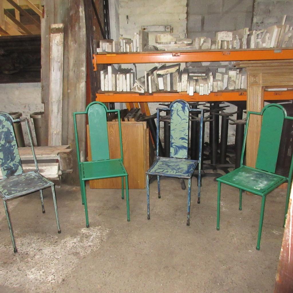 set 13 stacking metal chairs