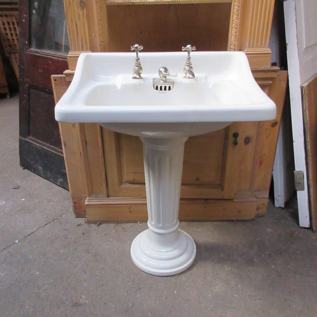 Twyfords pedestal basin